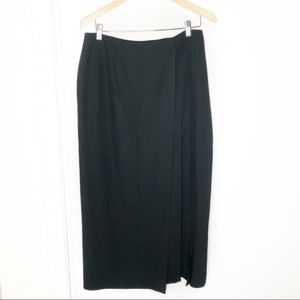 Dana Buchman Black Faux Wrap Skirt. Size 14